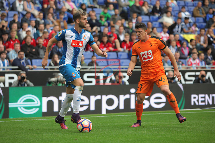 League Santander 2016/2017. Game: 9.<br /> RCD Espanyol vs SD Eibar: 3-3.<br /> Leo Baptistao vs Ander Capa.