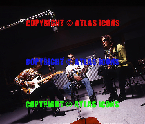 G3, STEVE VAI, JOE SATRIANI, ERIC JOHNSON, STUDIO, 1996, NEIL ZLOZOWER