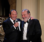 Carlos Slim Helu y Paul Anka During the Dwight D. Eisenhower global leadership award in New York, United States. 12/12/2012. Photo by Kena Betancur/VIEWpress.