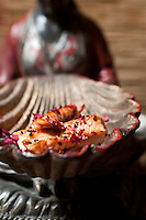Salmon with rose salt and black sesame seeds by Foodwriter and chef Csaba Dalla Zorza
