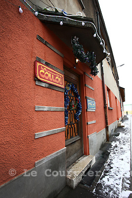 Genève, le 28.12.2010.La coulou, l'association Carrefour-Rue propose aux personnes sans abri un logement d'une durée illimitée, dans un lieu de vie communautaire..© Jean-Patrick Di Silvestro / Le Courrier
