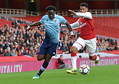 16/04/2018 Arsenal v Blackpool FAYC Semi 2L<br /> <br /> Nana Adarkwa outpaces Dominic Thompson