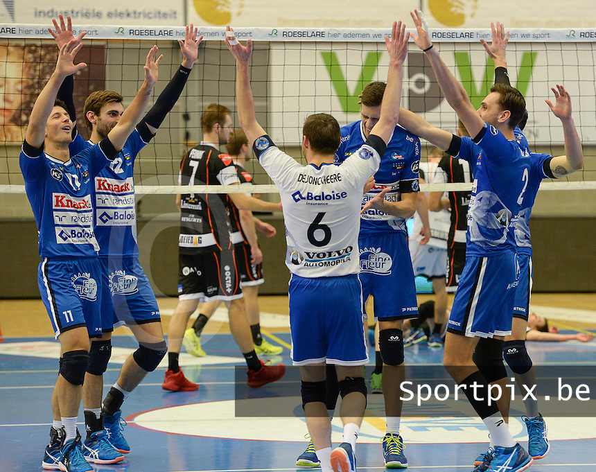 20161228 - ROESELARE ,  BELGIUM : Roeselare pictured celebrating during the second semi final in the Belgian Volley Cup between Knack Volley Roeselare and Lindemans Aalst in Roeselare , Belgium , Wednesday 28 th December 2016 . PHOTO SPORTPIX.BE | DAVID CATRY