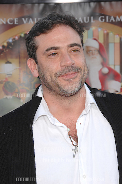 "Jeffrey Dean Morgan at the Los Angeles premiere of ""Fred Claus"" at Grauman's Chinese Theatre, Hollywood, CA..November 3, 2007  Los Angeles, CA.Picture: Paul Smith / Featureflash"