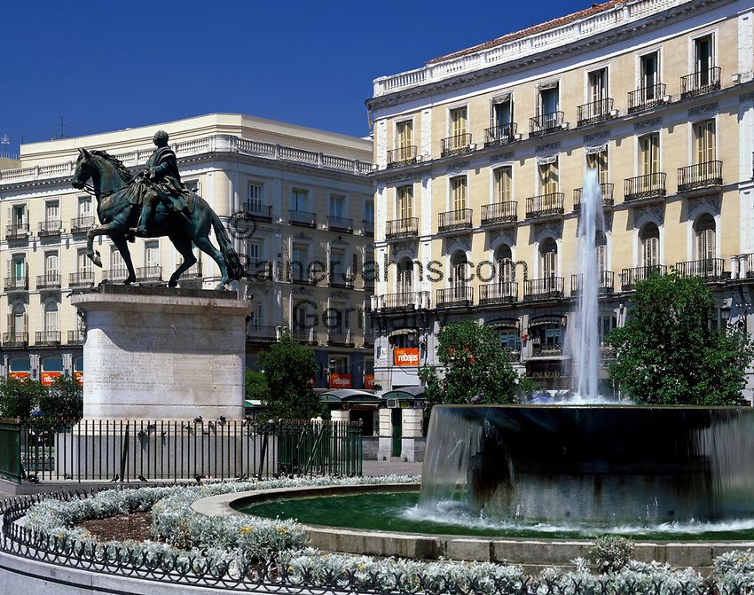 Spanien, Kastilien, Madrid: Plaza Puerta del Sol im Zentrum | Spain, Castile, Madrid: Plaza Puerta del Sol