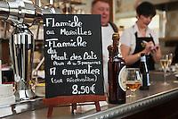 Europe/France/Nord-Pas-de-Calais/59/Nord/Godewaersvelde: Pierrot de Lille à l' Estaminet du Centre
