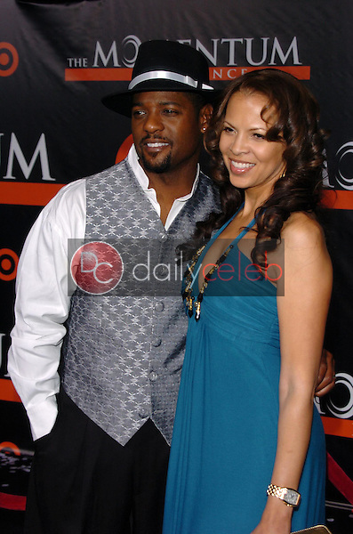 """Blair Underwood and wife Desiree<br />at the premiere of """"The Seat Filler"""". El Capitan Theatre, Hollywood, CA. 02-22-06<br />Dave Edwards/DailyCeleb.com 818-249-4998"""