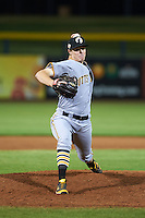 Glendale Desert Dogs pitcher Cody Dickson (44) delivers a pitch during an Arizona Fall League game against the Peoria Javelinas on October 19, 2015 at Peoria Stadium in Peoria, Arizona.  Glendale defeated Peoria 4-2.  (Mike Janes/Four Seam Images)
