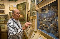 """Europe/Provence-Alpes-Côte d'Azur/83/Var/Saint-Tropez: Dany Lartigue peintre,  fils de Jacques-Henri Lartigue  dans son Musée """"La Maison des Papillons"""