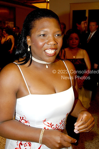 Washington, DC - May 1, 2004 -- Former POW Shoshana Johnson arrives for the 2004 White House Correspondents Association Dinner in Washington, D.C. on May 1, 2004..Credit: Ron Sachs / CNP.(RESTRICTION: No New York Metro or other Newspapers within a 75 mile radius of New York City)