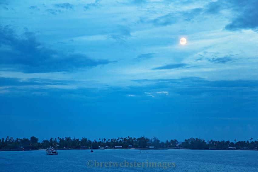 Rangiroa Moon