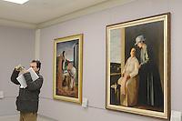 - Milano, il nuovo museo d'arte del 900 nel palazzo dell'Arengario in piazza del Duomo; opere di Carlo Carr&agrave; e Virgilio Guidi<br /> <br /> - Milan, the new arts museum of the 900 in the Arengario palace at Duomo square