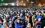 """05.12.2019, Baywa-Gelaende, Memmingen, GER, Bauern-Demonstration in Memmingen, Ueber 4000 Bauern demonstrierten mit fast 3000 Traktoren in Memmingen. Organisiert wurde die Demo von """"Land schafft Verbindung"""". Auf der anschliesenden Kundgebung sprach ua. die bayr. Landwirtschaftsministerin Michaela Kaniber, <br /> im Bild demonstrierende Landwirte<br /> <br /> Foto © nordphoto / Hafner"""