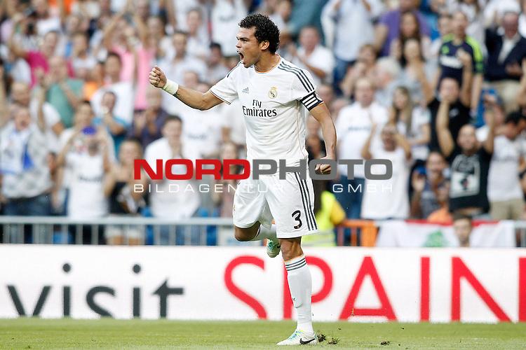 Real Madrid's Pepe celebrates goal during La Liga match.September 22,2013. Foto © nph / Acero)