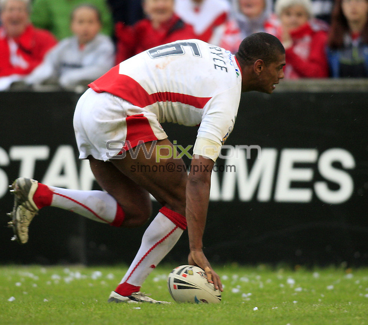 Pix: Chris Mangnall/SWpix.com, Rugby League, Super League. 17/05/08. St Helens Saints v Catalans Dragons....picture copyright>>Simon Wilkinson>>07811267 706>>....St Helens's Leon Pryce scores a try