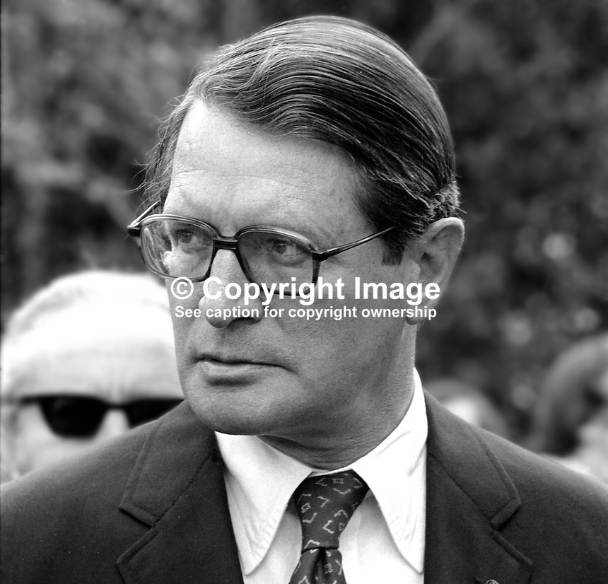 US Ambassador to the UK, Elliot Richardson, at official opening of Ulster American Folk Park, Camphill, Omagh, Co Tyrone, 30th July 1975. 197507300567ER5<br />