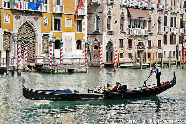 Venice is a World Heritage site that is perpetually filled with visitors from around the world.Taking a gondola ride on the Grand Canal is a part of the Venice experience.
