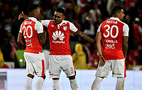 BOGOTA - COLOMBIA - 08 - 03 - 2018: Los jugadores de Independiente Santa Fe al finalizar partido de la fecha 7 entre Independiente Santa Fe y Deportivo Pasto, por la Liga Aguila I-2017, en el estadio Nemesio Camacho El Campin de la ciudad de Bogota. / The players of Independiente Santa Fe, at the end of a match of the date 5th between Independiente Santa Fe and Deportivo Pasto, for the Liga Aguila I -2017 at the Nemesio Camacho El Campin Stadium in Bogota city, Photo: VizzorImage / Luis Ramirez / Staff.