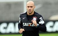 SÃO PAULO,SP, 26 Junho 2013 -  Alessandro durante treino do Corinthians no CT Joaquim Grava na zona leste de Sao Paulo, onde o time se prepara  para o campeonato brasileiro. FOTO ALAN MORICI - BRAZIL FOTO PRESS
