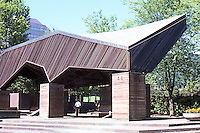 Portland: Lovejoy Fountain Pavilion--now a place to rest.  Photo '86.