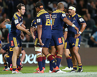 Highlanders celebrate their win against the Waratahs in the Super 15 rugby match, Forsyth Barr Stadium, Dunedin, New Zealand, Saturday, March 14, 2015. Credit: SNPA/Dianne Manson