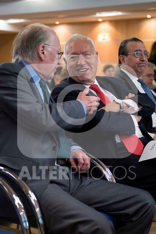 Politic Josep Borrel (L) and politic José Manuel García-Margallo (R) involved in the presentation of the report on the State of the European Union in Madrid. June 02. 2016. (ALTERPHOTOS/Borja B.Hojas)