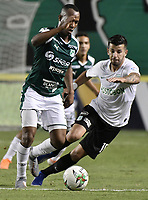 PALMIRA - COLOMBIA, 21-08-2019: Andres Balanta del Cali disputa el balón con Pablo Cepelini de Nacional durante partido entre Deportivo Cali y Atlético Nacional por la fecha 7 de la Liga Águila II 2019 jugado en el estadio Deportivo Cali de la ciudad de Palmira. / Andres Balanta of Cali vies for the ball with Pablo Cepelini of Nacional during match between Deportivo Cali and Atletico Nacional for the date 7 as part Aguila League II 2019 played at Deportivo Cali stadium in Palmira city. Photo: VizzorImage / Gabriel Aponte / Staff