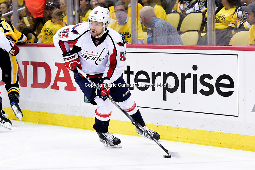 May 8, 2017: Washington Capitals center Evgeny Kuznetsov (92) in game action during game 6 of the second round of the National Hockey League Eastern Conference Stanley Cup Playoffs between the Washington Capitals and the Pittsburgh Penguins, held at PPG Paints Arena, in Pittsburgh, PA. Washington defeats Pittsburgh 5-2 to tie the best of seven series 3-3. Eric Canha/CSM