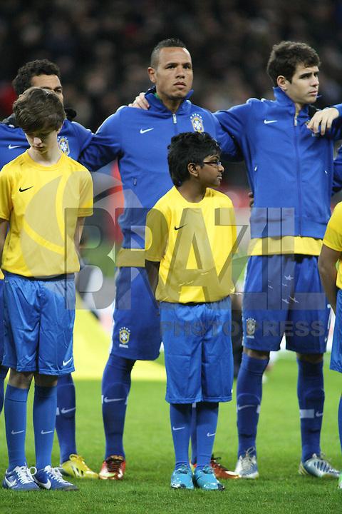 LONDRES, INGLATERRA, 06 DE FEVEREIRO 2013 - AMISOTOSO INGLATERRA X BRASIL - Luiz Fabiano em partida amistosa realizada no Estádio de Wembley, em Londres, Inglaterra, nesta quarta-feira. FOTO: GUILHERME ALMEIDA - BRAZIL PHOTO PRESS.