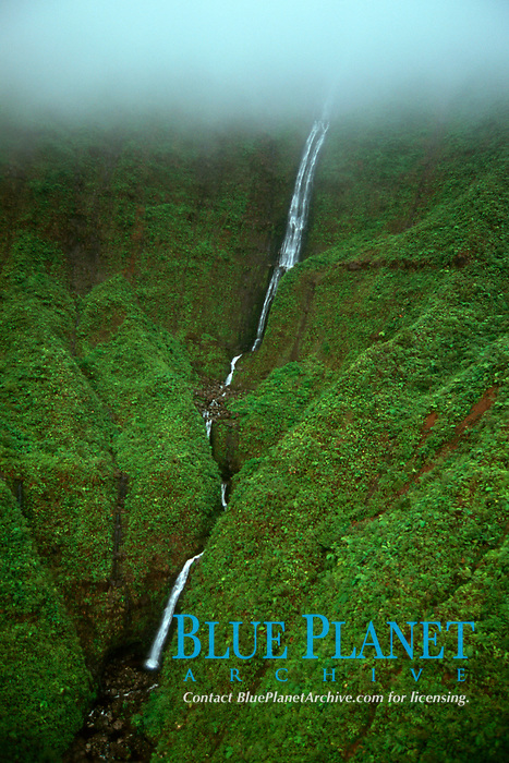Waterfall, aerial view, Kauai, Hawaii N. Pacific Ocean