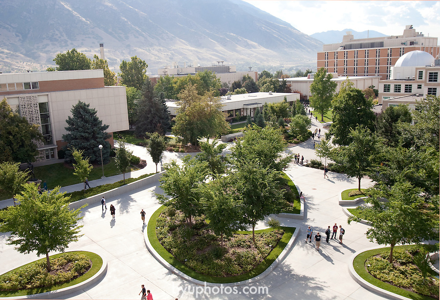 1009-75 _MAP0025<br /> <br /> September General Campus Scenics.<br /> <br /> September 22, 2010<br /> <br /> Photo by Kylea Knecht/BYU<br /> © BYU PHOTO 2010<br /> All Rights Reserved<br /> photo@byu.edu  (801)422-7322