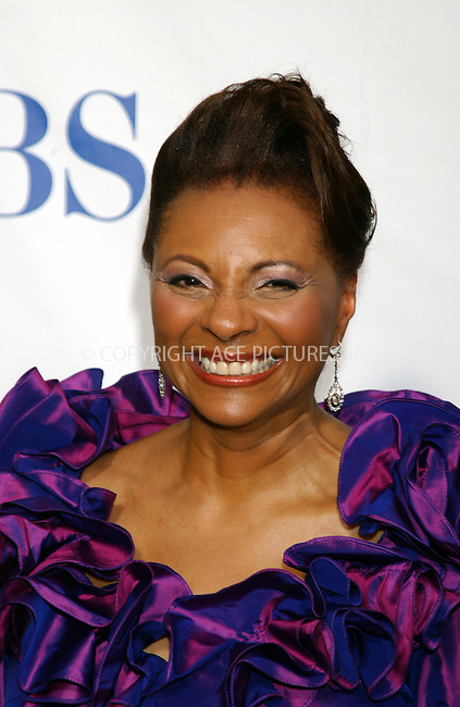WWW.ACEPIXS.COM . . . . . ....NEW YORK, NEW YORK, JUNE 5TH 2005....Leslie Uggams at The 59th Annual Tony Awards held at Radio City Music Hall.....Please byline: KRISTIN CALLAHAN - ACE PICTURES.. . . . . . ..Ace Pictures, Inc:  ..Craig Ashby (212) 243-8787..e-mail: picturedesk@acepixs.com..web: http://www.acepixs.com