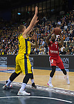 01.12.2019, EWE Arena, Oldenburg, GER, easy Credit-BBL, EWE Baskets Oldenburg vs Brose Bamberg, im Bild<br /> Paris LEE (Brose Bamberg #1 ) Rasid MAHALBASIC (EWE Baskets Oldenburg #24 ) Tyler LARSON (EWE Baskets Oldenburg #55 )<br /> Foto © nordphoto / Rojahn