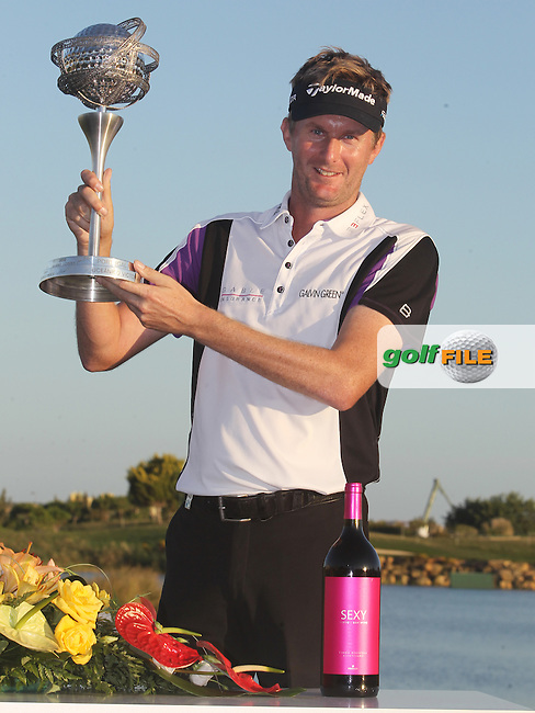 David Lynn (ENG) wins the tournament with a score of -18 at the end of Sunday's Final Round of the 2013 Portugal Masters held at the Oceanico Victoria Golf Club. 13th October 2013.<br /> Picture: Eoin Clarke/www.golffile.ie