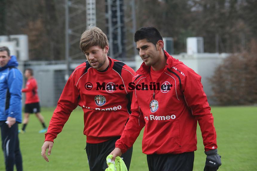 Marco Russ und Carlos Zambrano (Eintracht)