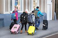 Nederland Amsterdam 2016 02 17. Toeristen op straat