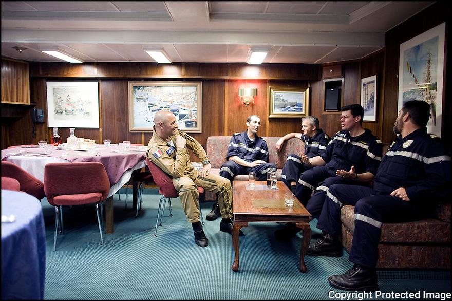 2009 / Officier sup&eacute;rieur.<br /> Le carr&eacute;.
