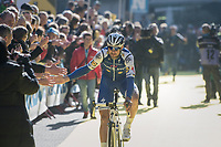 high 5's by Tom Boonen (BEL/Quick-Step Floors) at the (new) race start in Antwerpen<br /> <br /> 101th Ronde Van Vlaanderen 2017 (1.UWT)<br /> 1day race: Antwerp &rsaquo; Oudenaarde - BEL (260km)