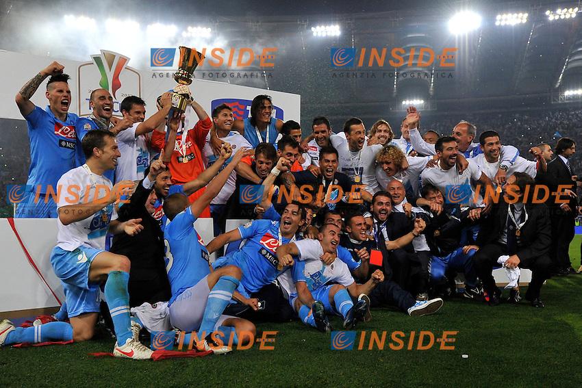 Napoli festeggia la coppa.Roma 20/05/2012 Stadio Olimpico.Football Calcio 2011/2012 Coppa Italia Finale.Juventus Vs Napoli.Foto Insidefoto Antonietta BAldassarre