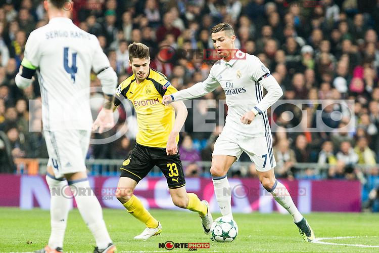 Real Madrid's Cristiano Ronaldo , Borussia Dortmund Julian Weigl during Champions League match between Real Madrid and Borussia Dortmund  at Santiago Bernabeu Stadium in Madrid , Spain. December 07, 2016. (ALTERPHOTOS/Rodrigo Jimenez) /NortePhoto.com