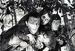 Живые и мертвые  (1964)
