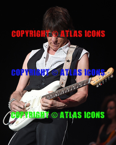 WEST PALM BEACH, FL - MAY 8: Jeff Beck performs at The Coral Sky Amphitheater on May 8, 2015 in West Palm Beach Florida. Credit Larry Marano © 2015