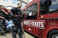 Roma, 25 Maggio 2012.Sede Atac di Via Prenestina.Manifestazione contro l'aumento del biglietto scattato oggi. La biglietteria atac mobile entra nel deposito passando tra la Polizia schierata davanti l'entrata