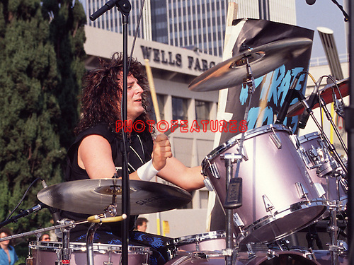 Bad English 1989  Deen Castronovo.© Chris Walter.