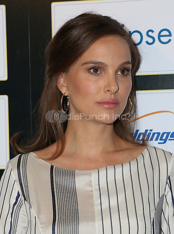 BEVERLY HILLS, CA - NOVEMBER 09: Natalie Portman attends the 30th Israel Film Festival Anniversary Gala Awards Dinner on November 8, 2016 in Beverly Hills, California.  (Credit: Parisa Afsahi/MediaPunch).