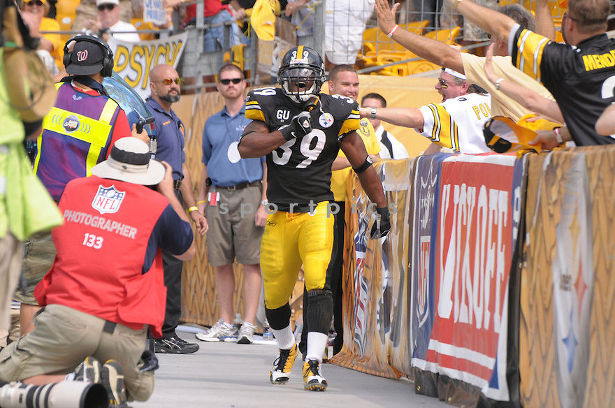 WILLIE PARKER, of the Pittsburgh Steelers, in action during the Steelers game against the Houston Texans  in Pittsburgh, Pennsylvania on September 7, 2008..The Pittsburgh Steelers won 38-17
