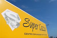 - truck for transport of seafood to a purification centre....- camion per il trasporto dei frutti di mare ad un centro di depurazione