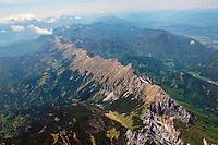 Koschuta Gebirge zwischen Oestereich und Slovenien: SLOWENIEN , 11.05.2015 Koschuta Gebirge zwischen Oestereich und Slovenien liegt nordoestlich von Lesce Bled