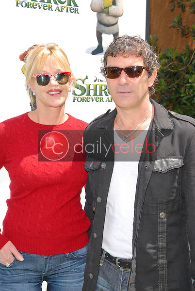 """Melanie Griffith and Antonio Banderas<br /> at the """"Shrek Forever After"""" Los Angeles Premiere, Gibson Amphitheater, Universal City, CA. 05-16-10<br /> David Edwards/DailyCeleb.com 818-249-4998"""