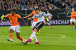 06.09.2019, Volksparkstadion, HAMBURG, GER, EMQ, Deutschland (GER) vs Niederlande (NED)<br /> <br /> DFB REGULATIONS PROHIBIT ANY USE OF PHOTOGRAPHS AS IMAGE SEQUENCES AND/OR QUASI-VIDEO.<br /> <br /> im Bild / picture shows<br /> <br /> Nico Schulz (Deutschland / GER #14)<br /> Denzel DUMFRIES (Niederlande / NED #22)<br /> Marten DE ROON (Niederlande / NED #15)<br /> <br /> während EM Qualifikations-Spiel Deutschland gegen Niederlande  in Hamburg am 07.09.2019, <br /> <br /> Foto © nordphoto / Kokenge